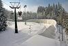 Blick auf die Rennschlitten und Bobbahn Oberhof im Winter