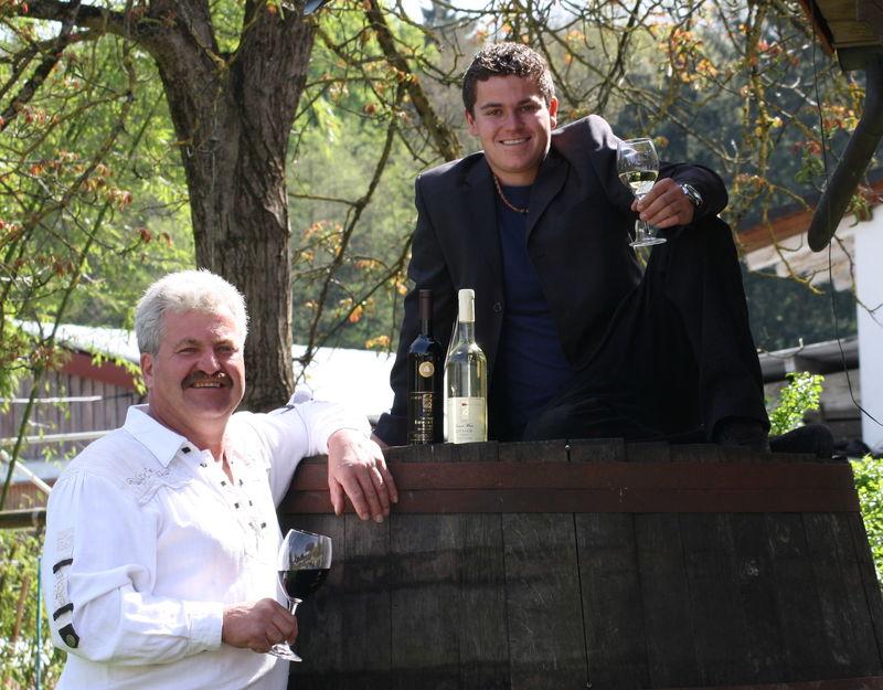 Hubert und Michael Müller vom Weingut Herztal
