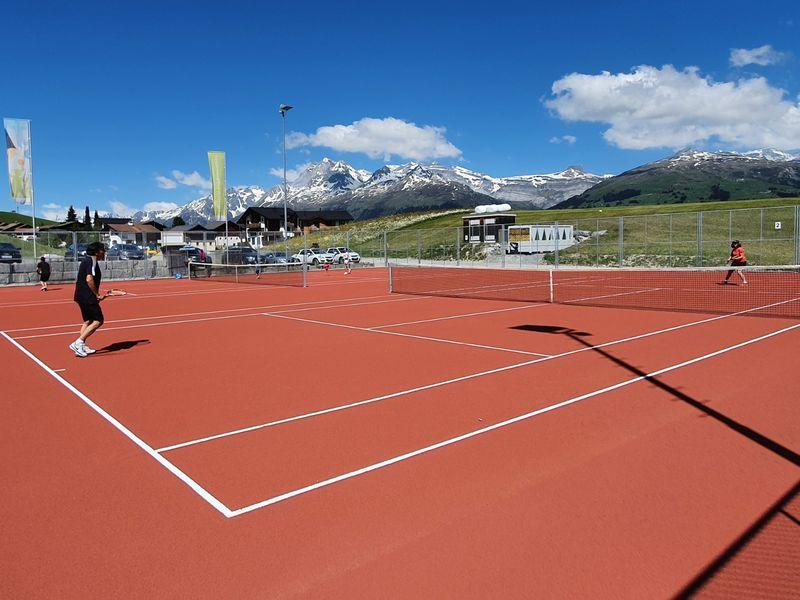 Tennisplatz Misanenga
