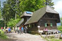 Kreuzsattelhütte - ein beliebtes Ziel für Mountainbiker und Wanderer