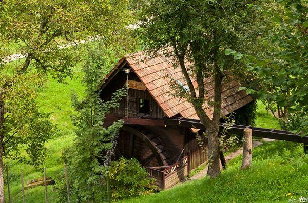 Benz--Mühle am Bach