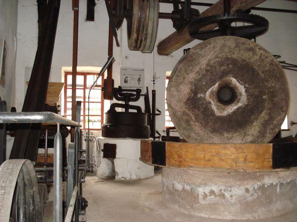 Malstein in der Historischen Ölmühle Wern
