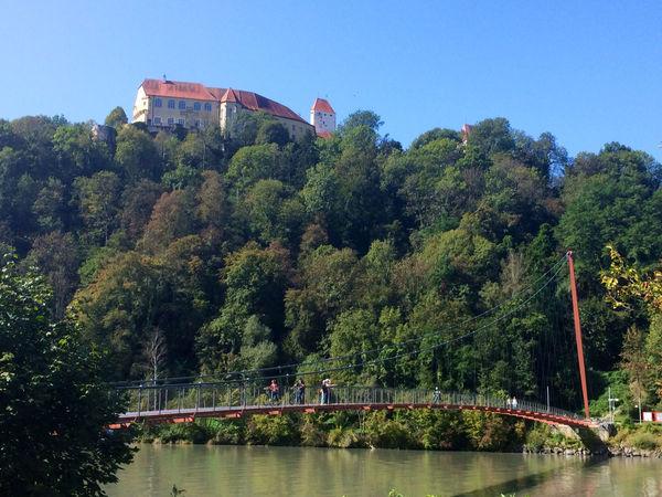 Schloss Neuburg mit Marienbrücke