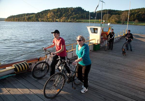 Auf der Donaufähre bei Vilshofen