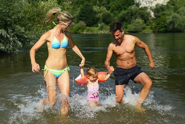 Badespaß an der Donau