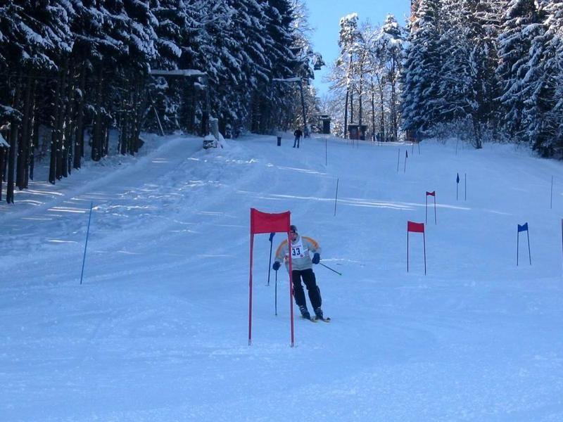 Wintererlebnis bei der Skiabfahrt in Schönberg im Nationalpark-FerienLand Bayerischer Wald