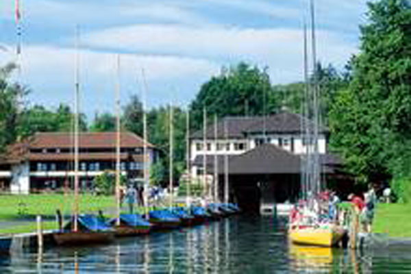 Chiemsee Yachtschule Prien.
