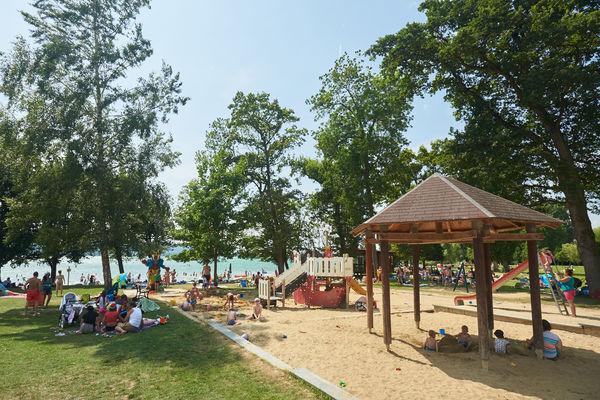 Speilplatz am Strandbad Mettnau
