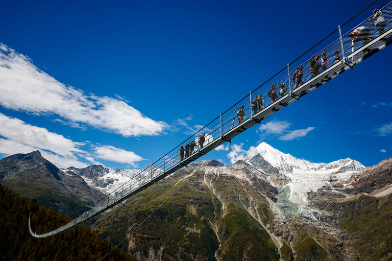 The Charles Kuonen Suspension Bridge Completes The Europaweg From Grachen To Zermatt Many People Consider This To Be The Most Beautiful Two Day Hike In The