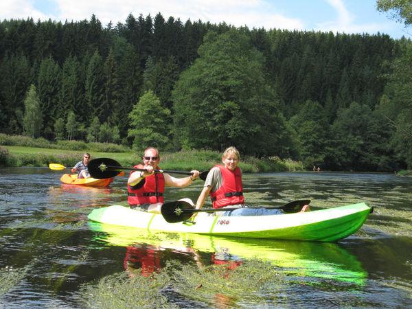 Kanutour zu zweit auf dem Schwarzen Regen im Bayerischen Wald