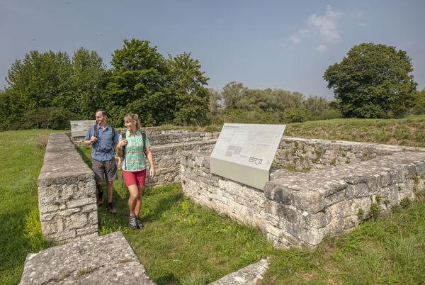 Das Römerkastell Abusina bei Eining auf der Etappe 1