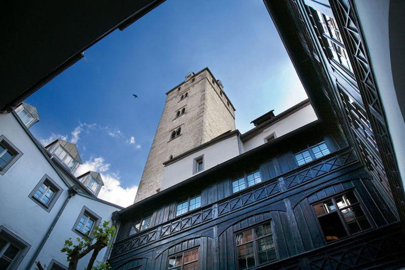 Goldener Turm - ein mittelalterliches Wunderwerk der Baukunst