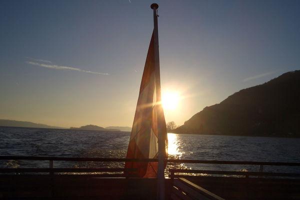 Sightseeing around Lake Biel