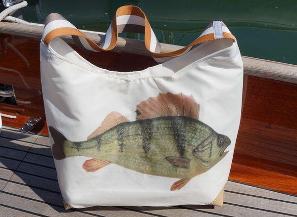 Tasche aus Segeltuch mit Fischmotiv-Aufdruck