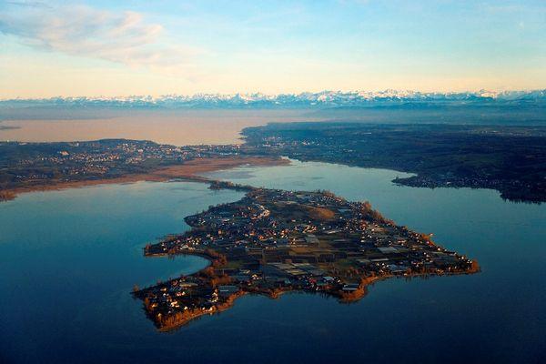 Luftbild der Insel Reichenau