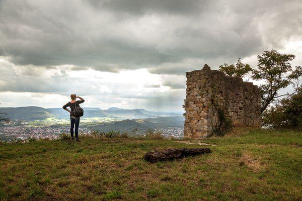 Ausblick von der Burgruine Achalm auf Reutlingen