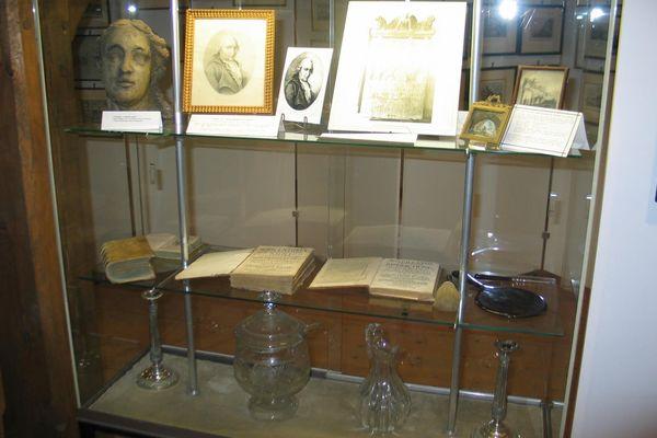 Ausstellungsstücke im Hofmarkmuseum Schloss Eggersberg