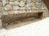 Detailansicht des begehbaren Grabhügels in Riedenburg-Haidhof