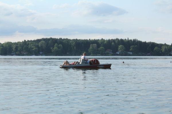 Tretbootfahren am Simssee.