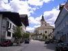Blick auf die ehemalige Klosterkirche im Ortskern von Rinchnach