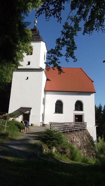 Das Wallfahrtskirchlein Frauenbrünnl im Rinchnacher Hochwald