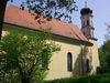 Blick auf die Wallfahrtskirche Heilbrünnl bei Roding im Land der Regenbogen