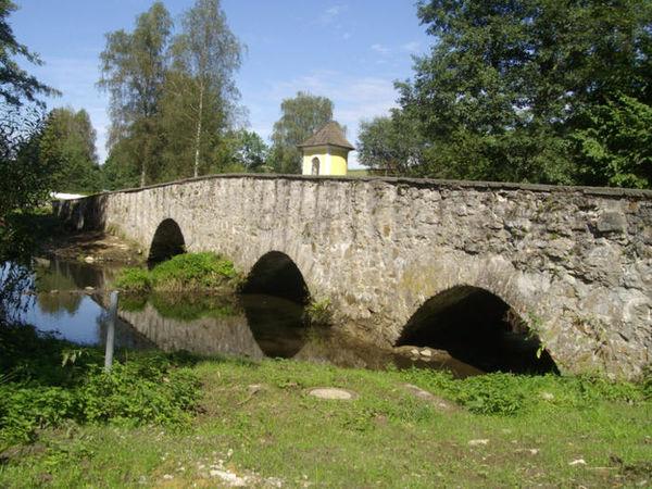 Die Steinerne Brücke am Goldenen Steig in Bruckmühle bei Röhrnbach