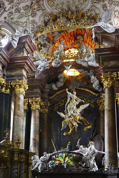 In der Klosterkirche des Klosters Rohr