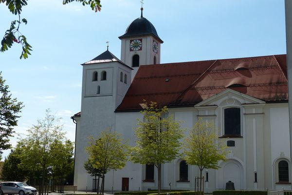 Ehem. Klosterkirche St. Marinus und Anianus