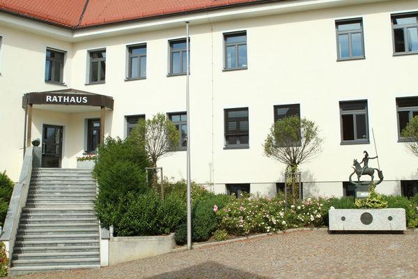 Das Rathaus in Rottenburg an der Laaber