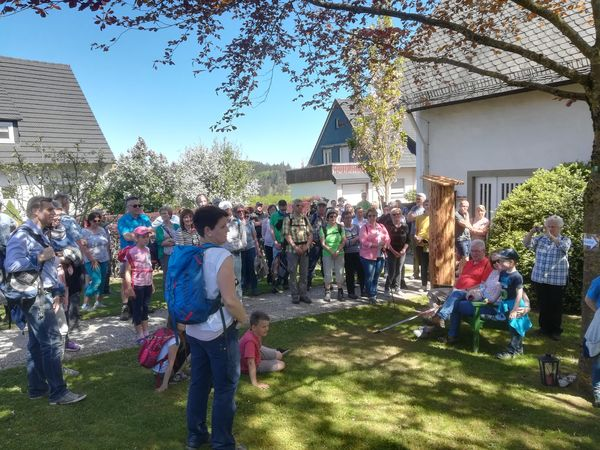 evanglische Erlöserkirche im Bergdorf Kallenhardt