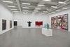 Innenansicht Moderne Galerie, Trakt B © VG Bild-Kunst, Bonn 2017 für Jonathan Meese, Hermann Nitsch, Antoni Tapiès, Günther Förg © Arnulf Rainer/Gregor Hildebrandt, Russell Maltz.