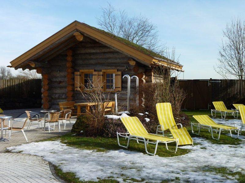 hallenbad sauna sachsenheim urlaubsland baden w rttemberg. Black Bedroom Furniture Sets. Home Design Ideas