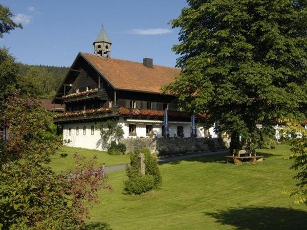 Hotel Gut Schmelmerhof**** in St. Englmar