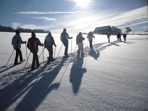 Schneeschuhwandern mit Nordic Project Fit und Fun in Grün bei St. Englmar