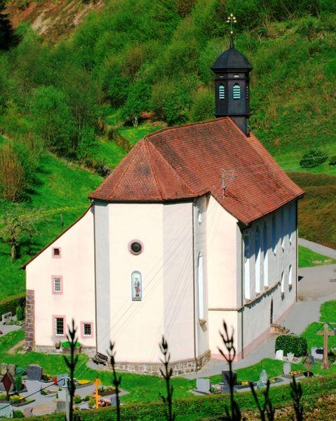 Klosterkirche Wittichen Gebäude und Friedhof
