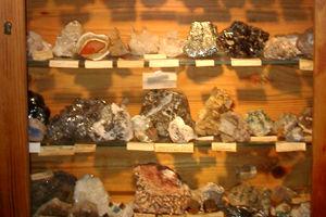 Mineralienschaukasten des Geologischen Lehrpfads in Schenkenzell