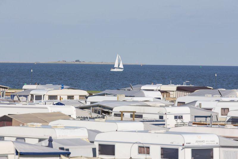 Stellplätze mit Blick auf die Nordsee