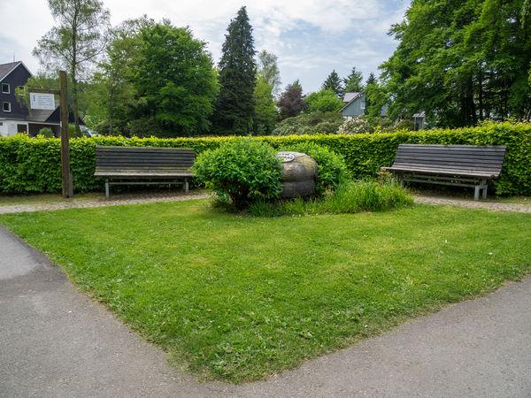 Gedenkstein in Schmallenberg - Jagdhaus