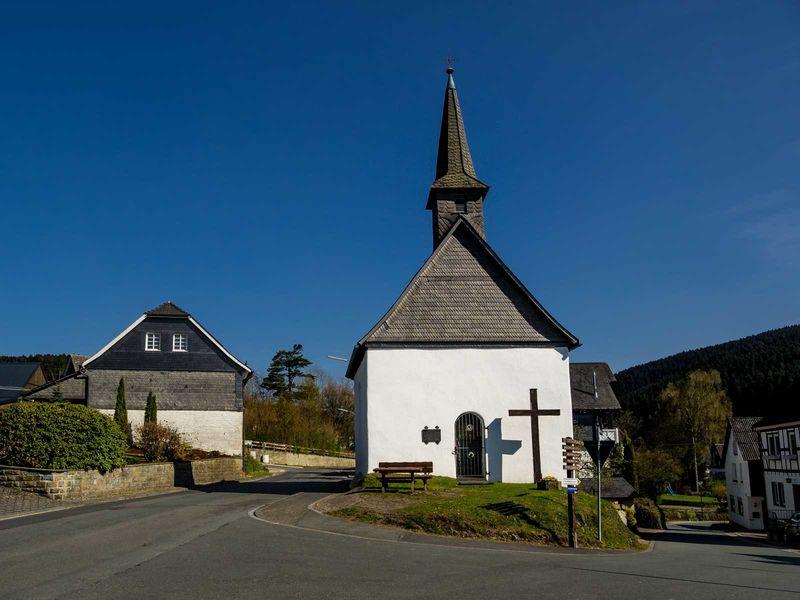 St. Agatha und St. Gertrudis Kapelle in Schmallenberg - Fleckenberg