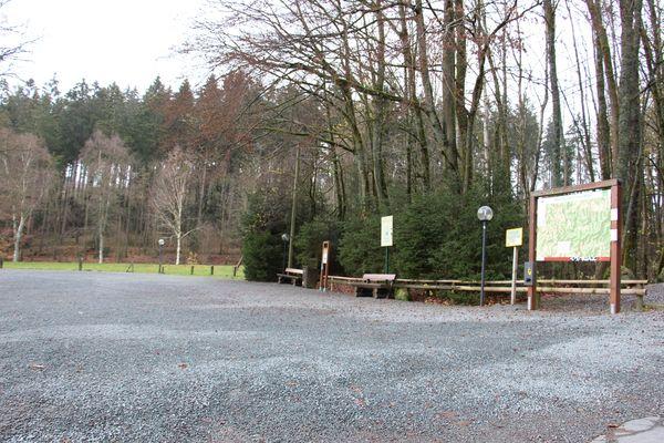 Impressionen des Wanderparkplatzes Kleins Wiese