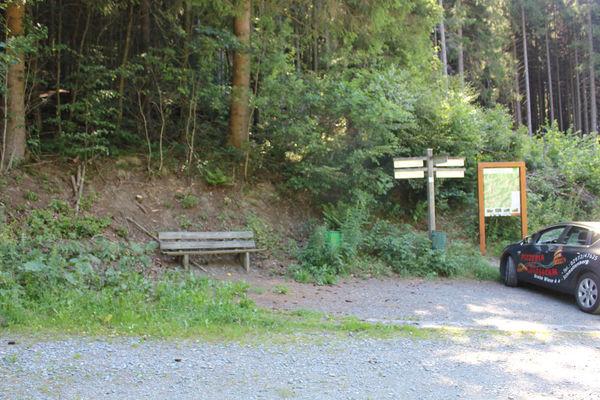 Impressionen des Wanderparkplatzes Kuhlmannssiepen