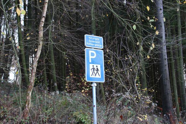 Willkommen beim Wanderparkplatz Wilzenberg
