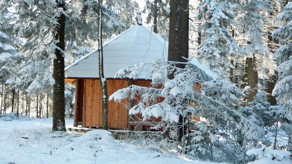 Die Blockschutzhütte auf der Ole