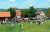 Spielplatz, Ziegen, Kaninchen und Spielhaus für Kinder