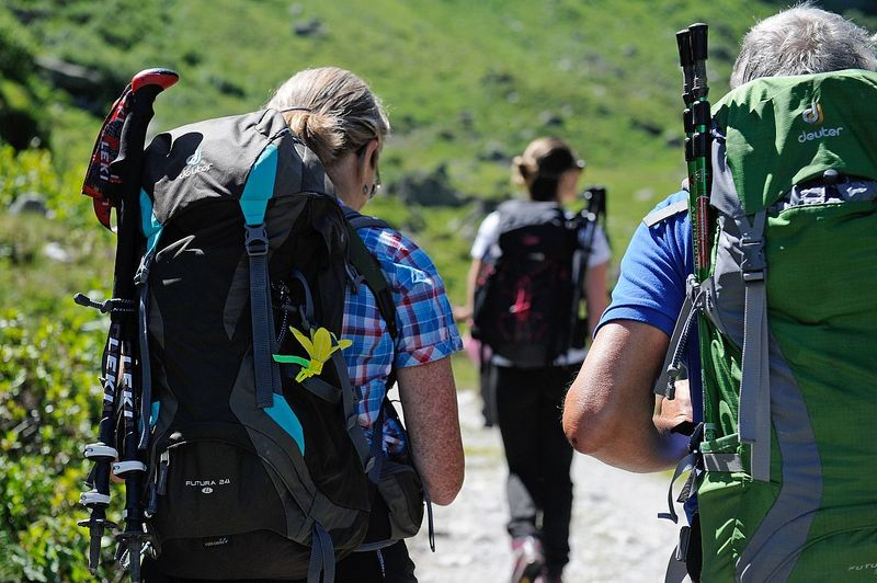 10 Wanderung zum Aussichtspunkt Schwanderberg