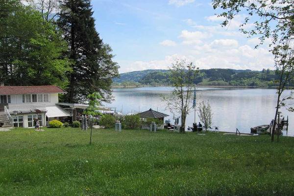Badeplatz Krottenmühl am Simssee.