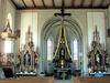 Blick auf den Altarbereich der Pfarrkirche MARIA HIMMELFAHRT in Sonnen