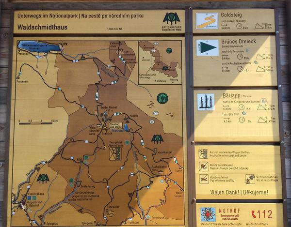 Infotafel für Wanderer am Waldschmidthaus