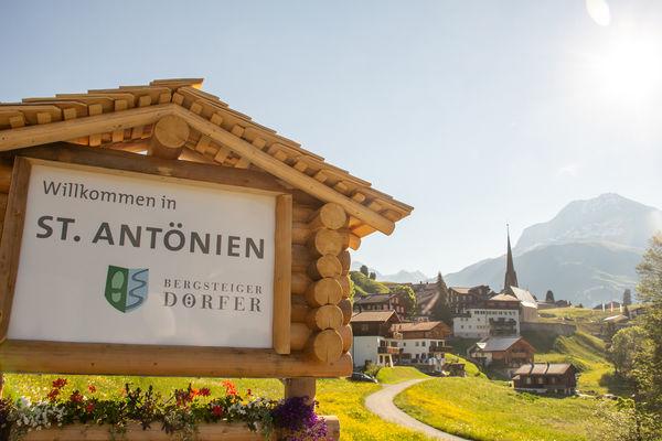 Bergsteiger Dorf St. Antönien